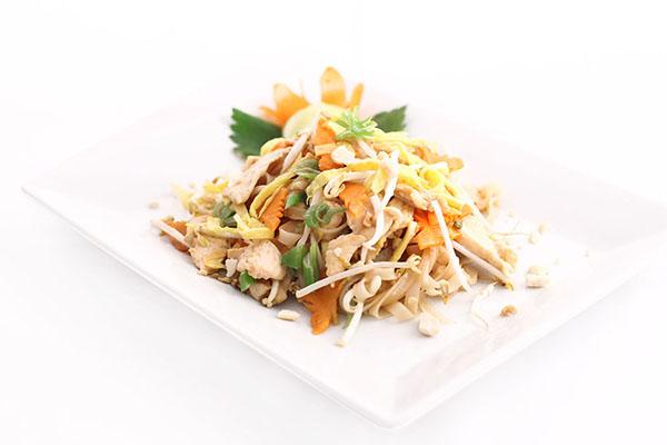 Pad thai pollo e gamberi